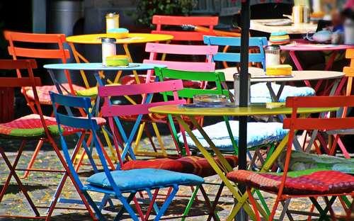 Table et chaise de jardin : Laquelle pour mon petit jardin ...