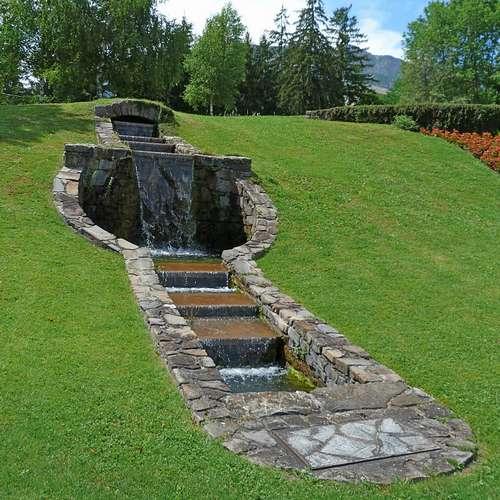 Fontaine jardin comment a marche comment l 39 installer i - Comment creer une fontaine de jardin ...