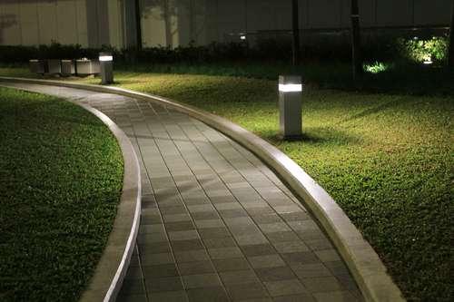 Eclairage de jardin : Mise en lumière de votre jardin ...