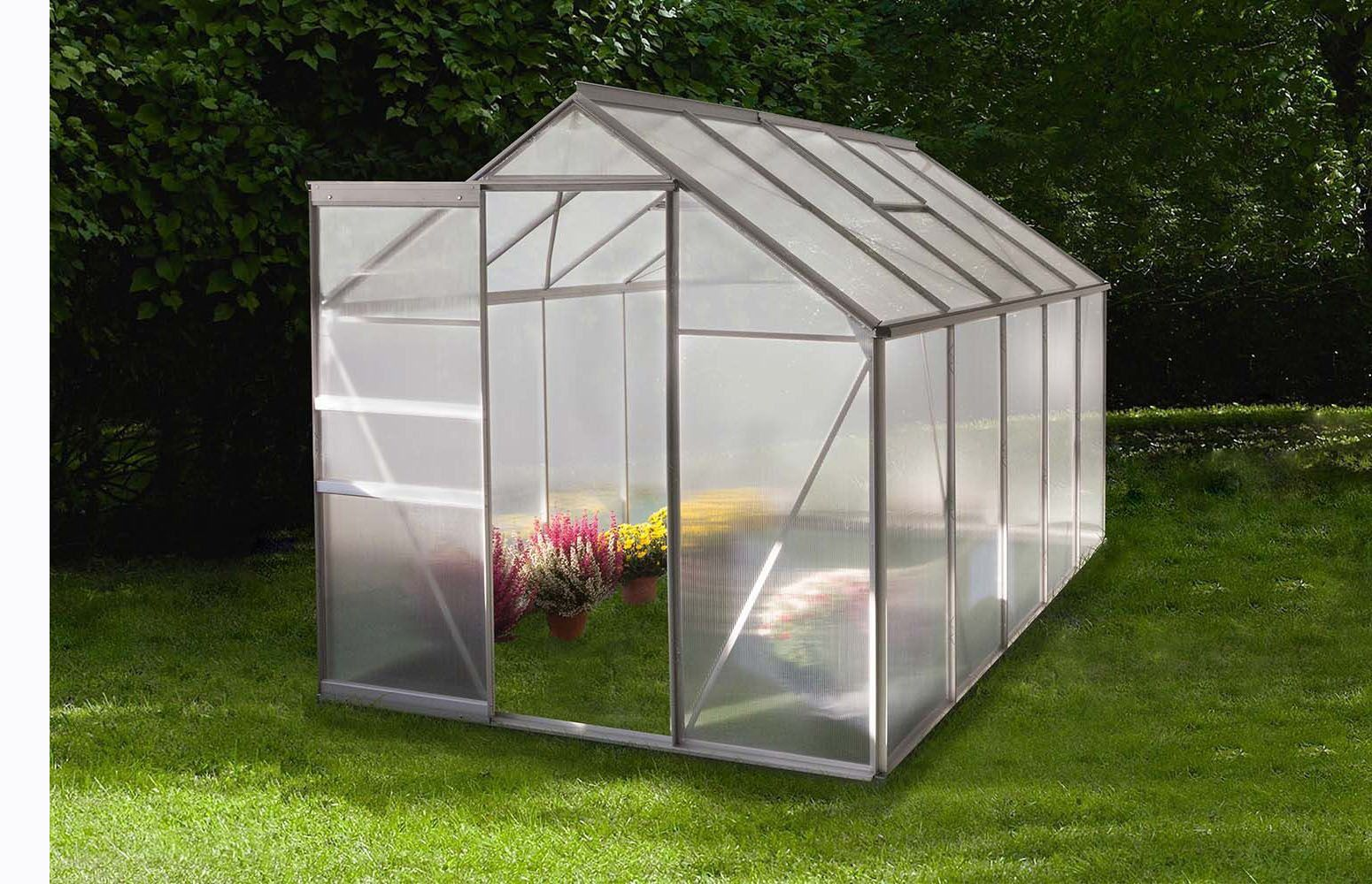 amenagement-jardin-serre-polycarbonate