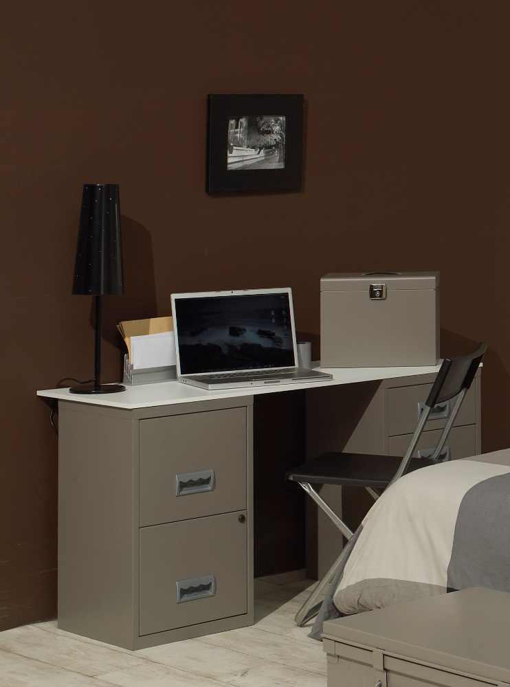 Bureau design en m tal taupe for Mobilier bureau etudiant