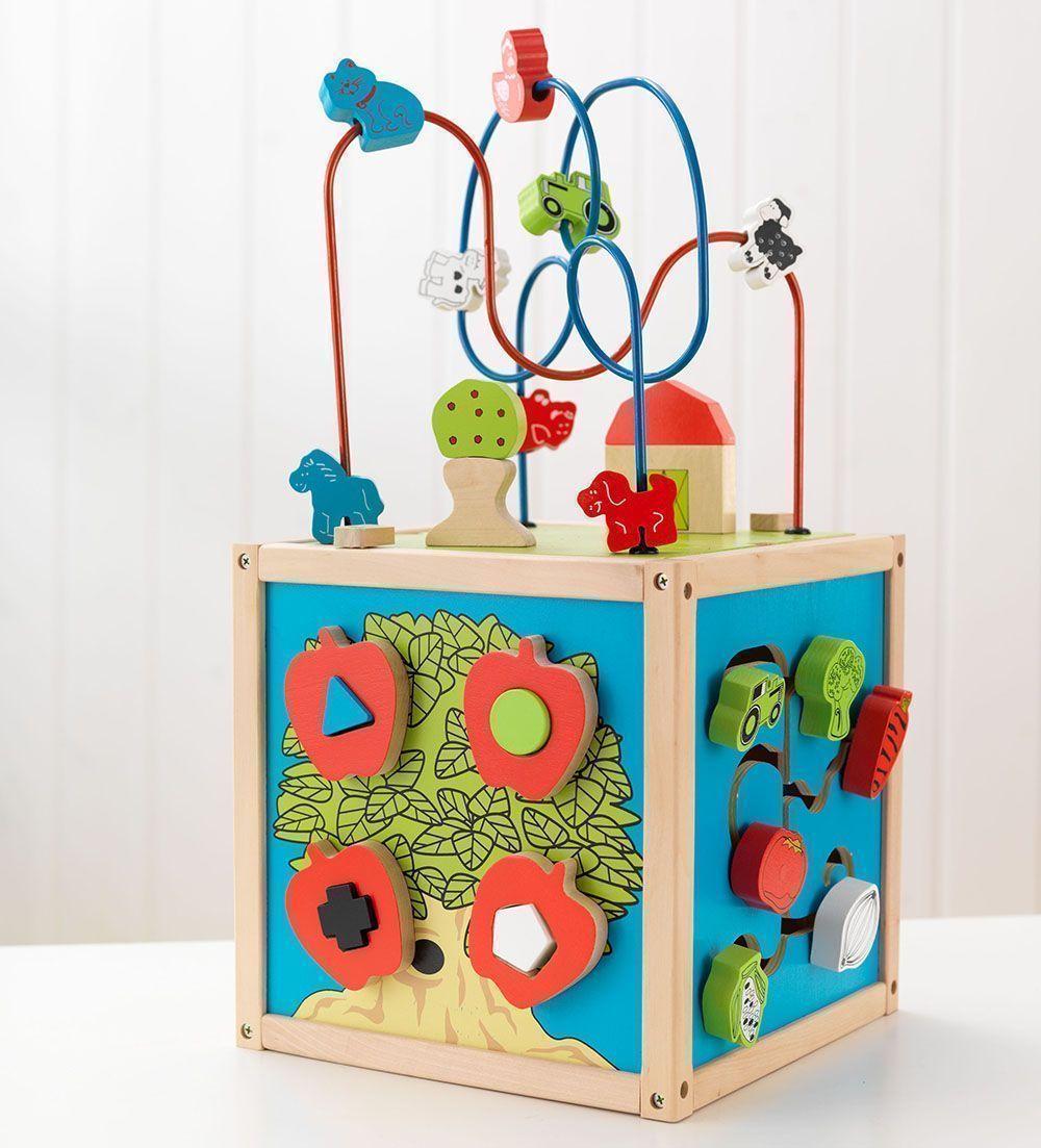 Cube déveil labyrinthe en bois