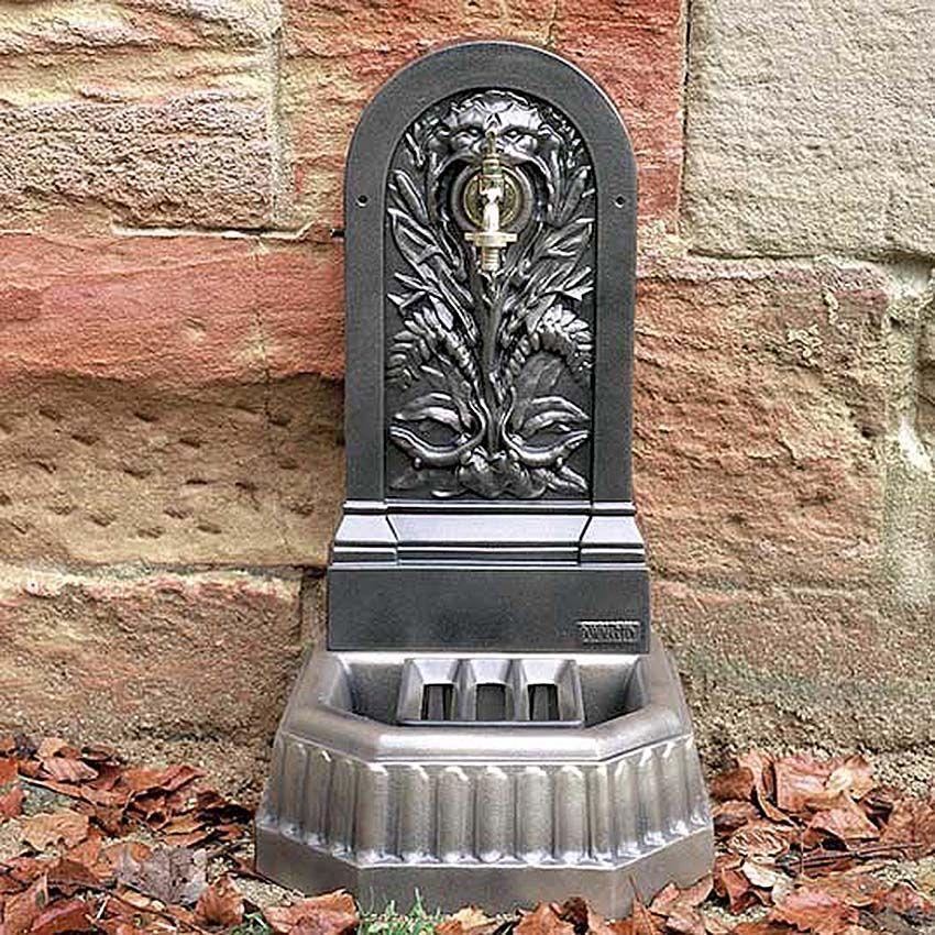 fontaine murale de jardin triton fontaines murales sur. Black Bedroom Furniture Sets. Home Design Ideas