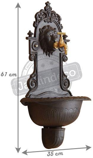 Fontaine Murale Lion En Fonte