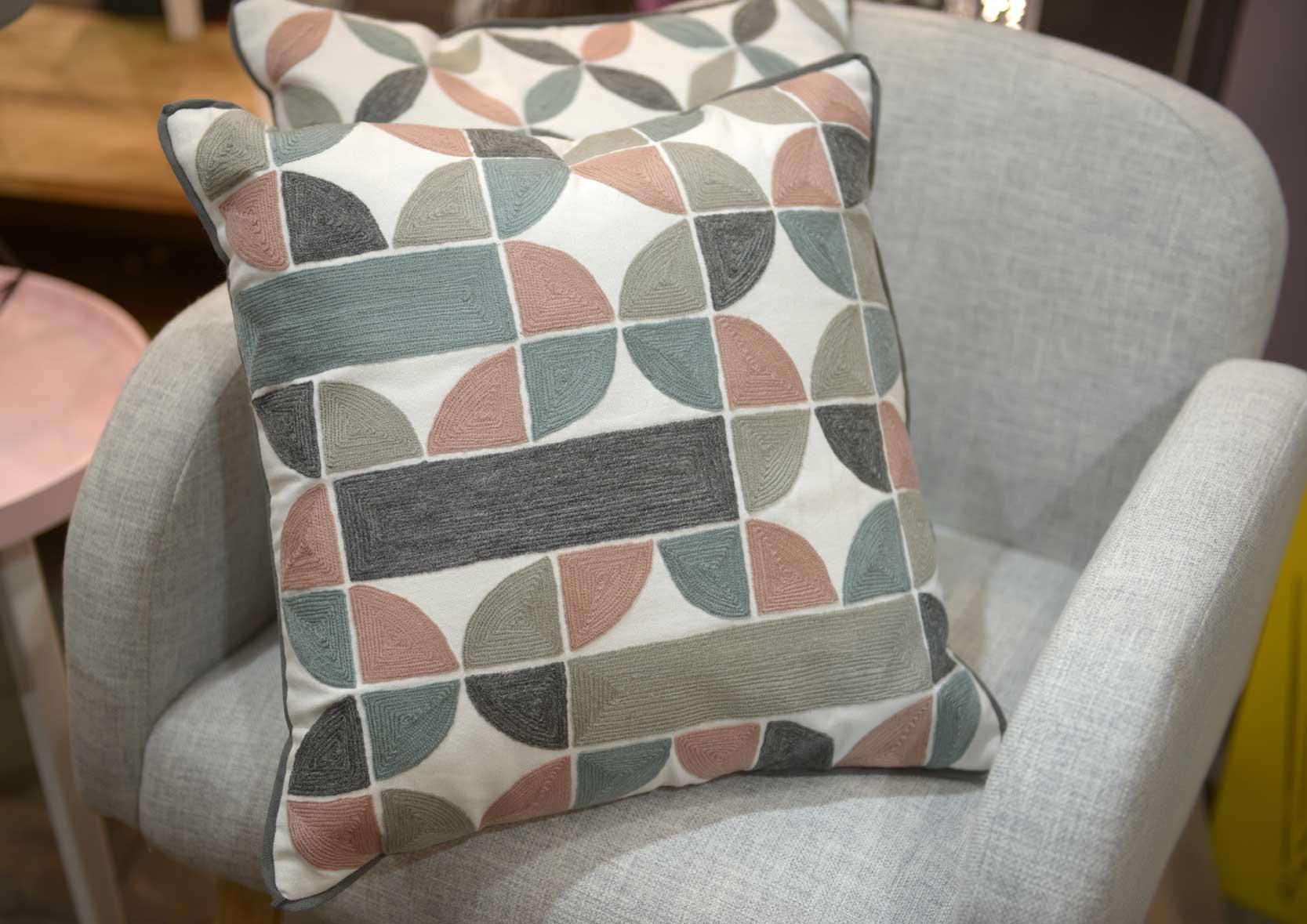 coussins style scandinave norv ge lot de 2. Black Bedroom Furniture Sets. Home Design Ideas