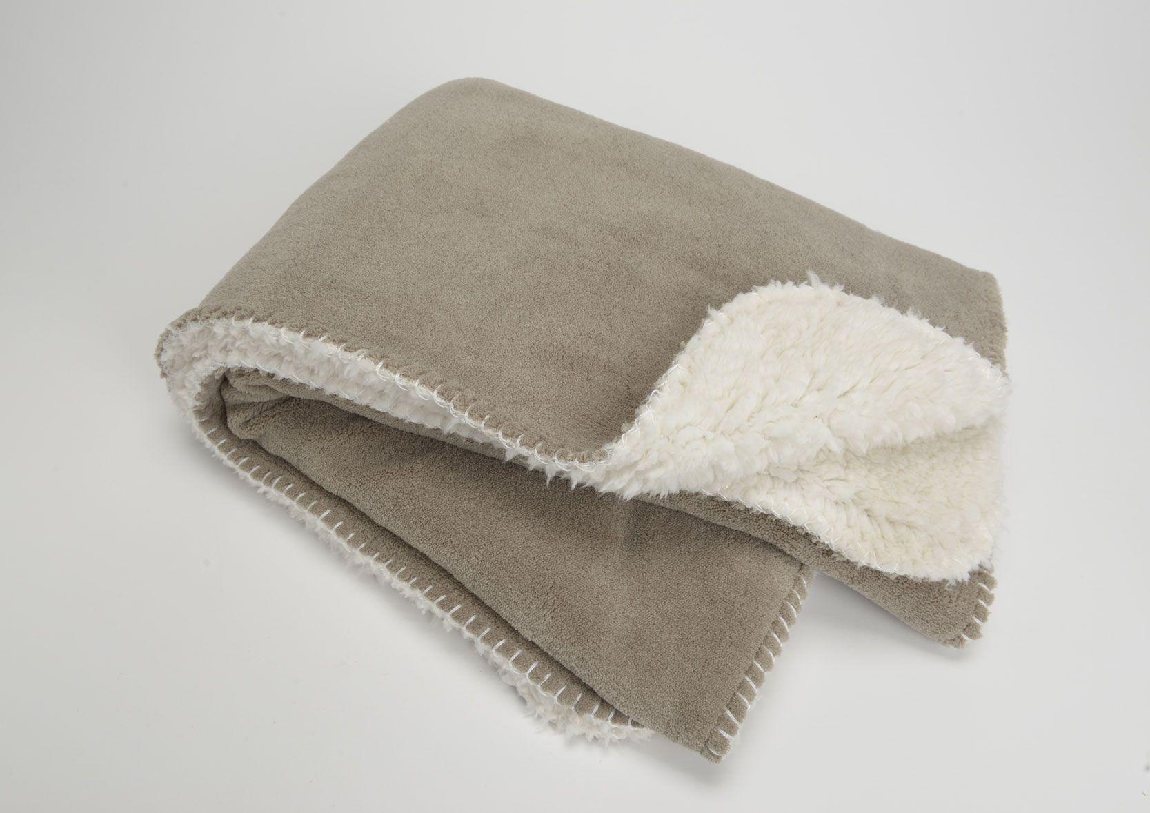plaid cocoon couleur taupe. Black Bedroom Furniture Sets. Home Design Ideas