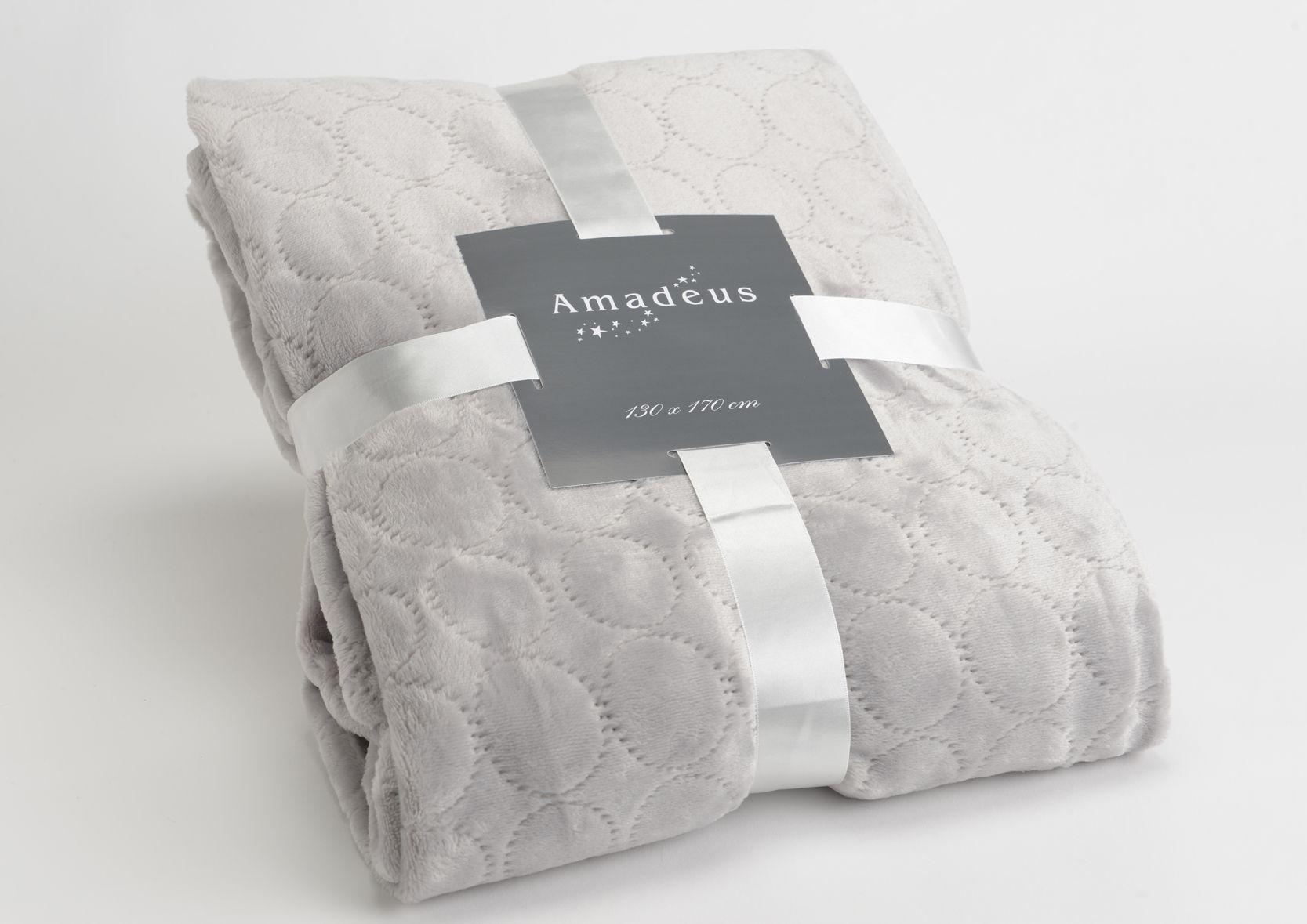plaid gris clair motifs rond. Black Bedroom Furniture Sets. Home Design Ideas