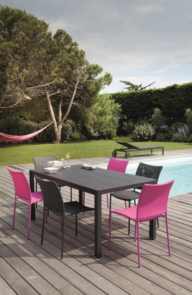 salon bretagne 1 table 6 chaises framboise