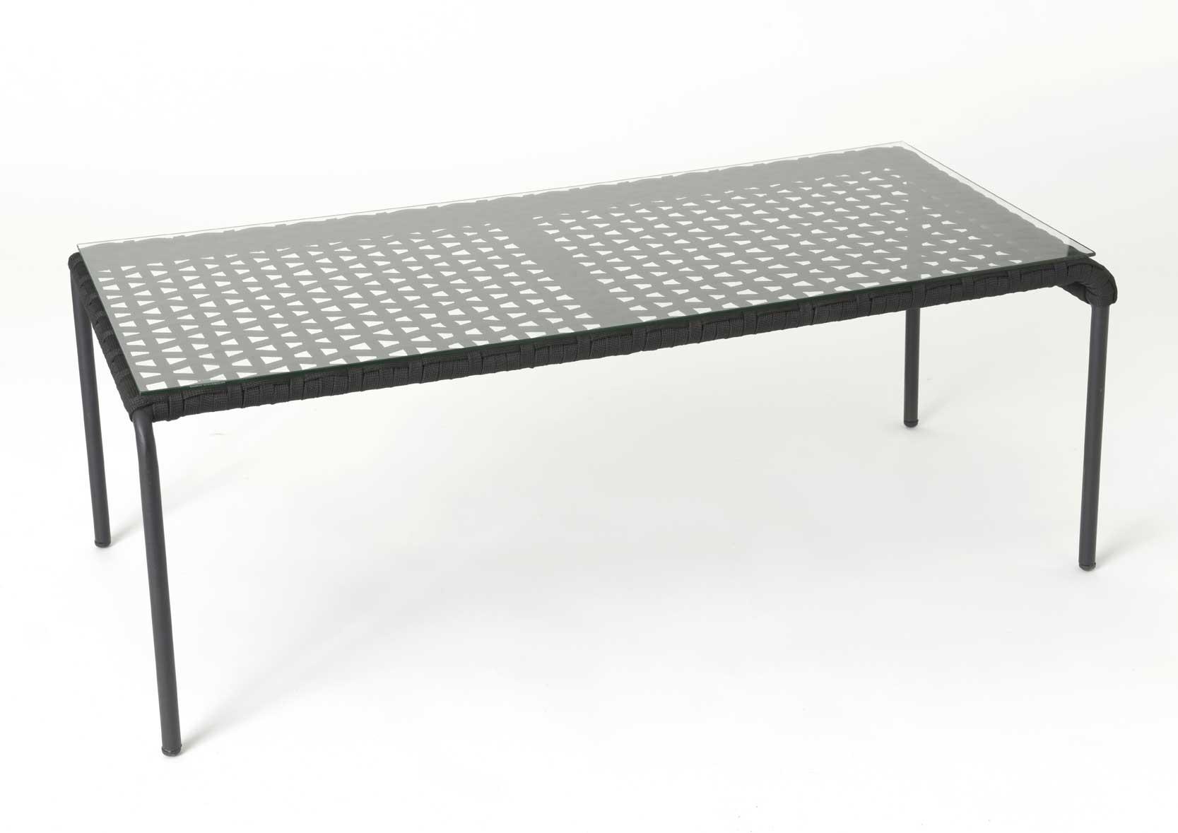 table basse en aluminium et corde. Black Bedroom Furniture Sets. Home Design Ideas