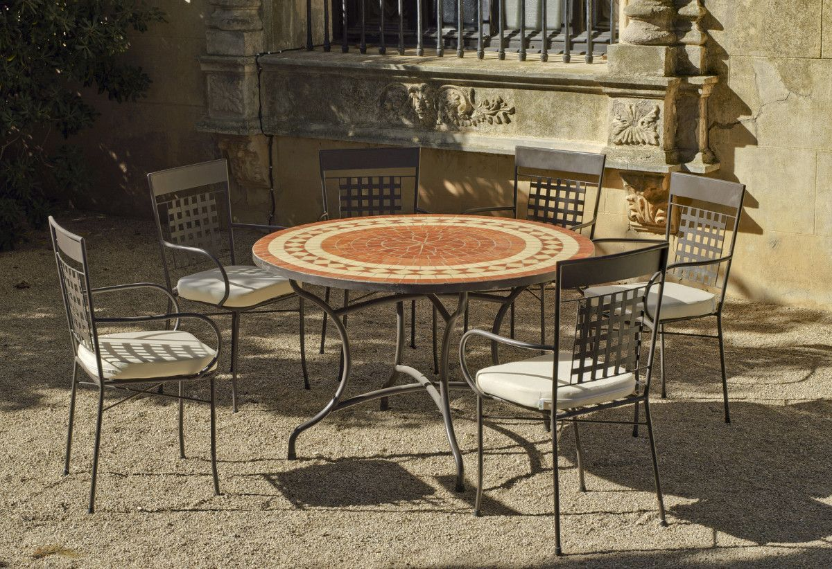 table de jardin ronde et fauteuils lorny vigo 6 fauteuils. Black Bedroom Furniture Sets. Home Design Ideas
