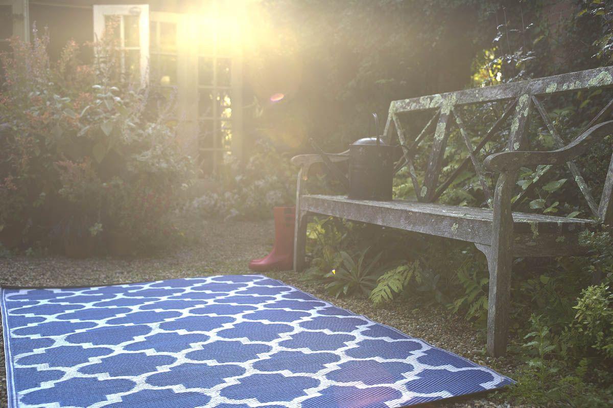 tapis int rieur ext rieur tangier bleu et blanc. Black Bedroom Furniture Sets. Home Design Ideas