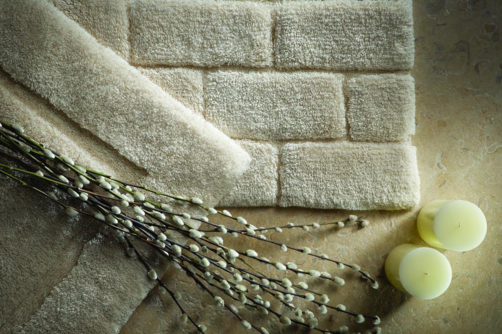 Tapis de salle de bain en fibres de bambou for Plante bambou salle de bain