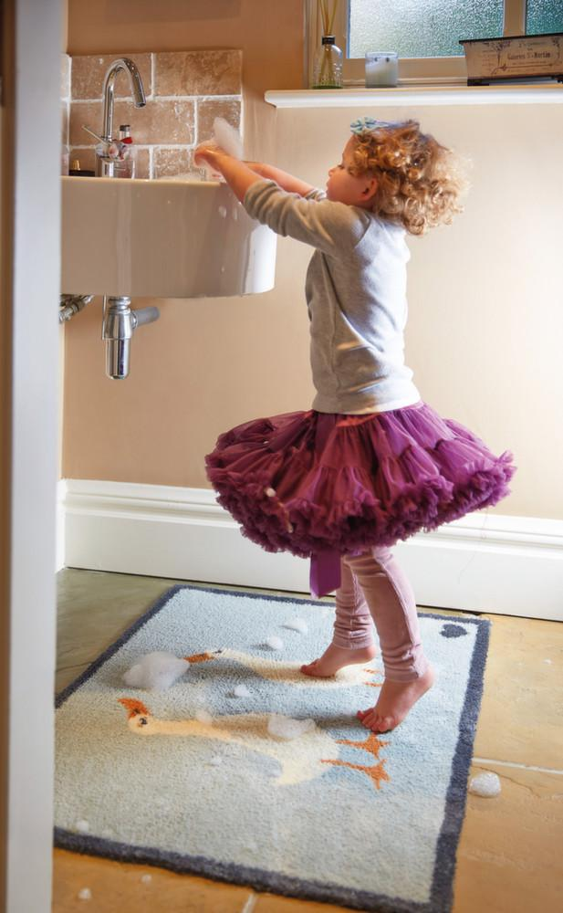 tapis salle de bain ultra absorbant oie. Black Bedroom Furniture Sets. Home Design Ideas