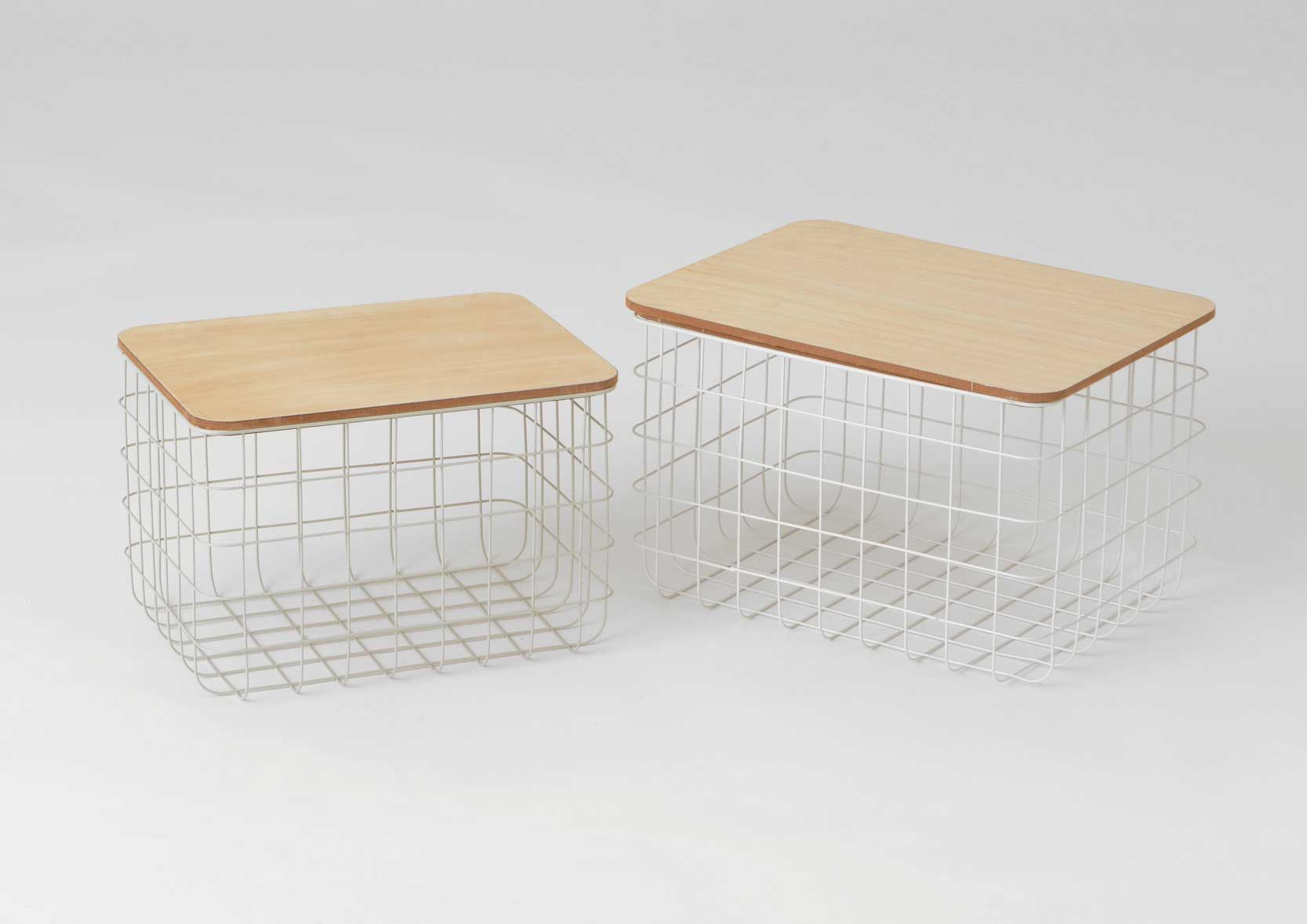 petit panier m tal et bois oslo lot de 2. Black Bedroom Furniture Sets. Home Design Ideas