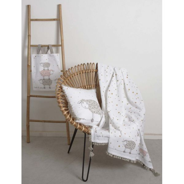 echelle porte serviettes en bambou. Black Bedroom Furniture Sets. Home Design Ideas