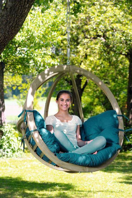 chaise globo suspendre avec coussin vert. Black Bedroom Furniture Sets. Home Design Ideas