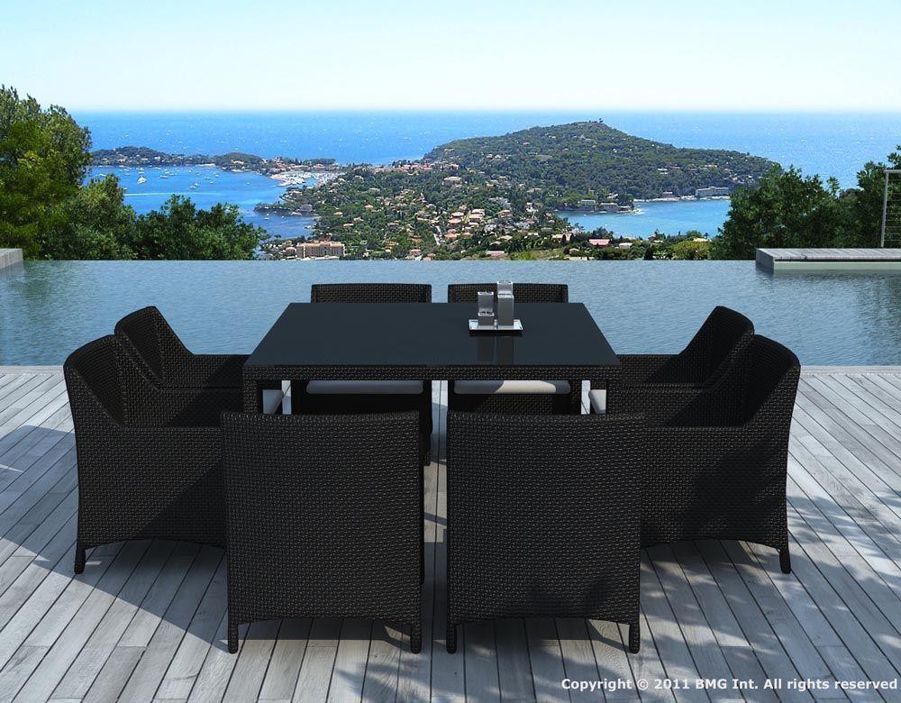 Mobilier de jardin tressee for Table exterieur 8 places
